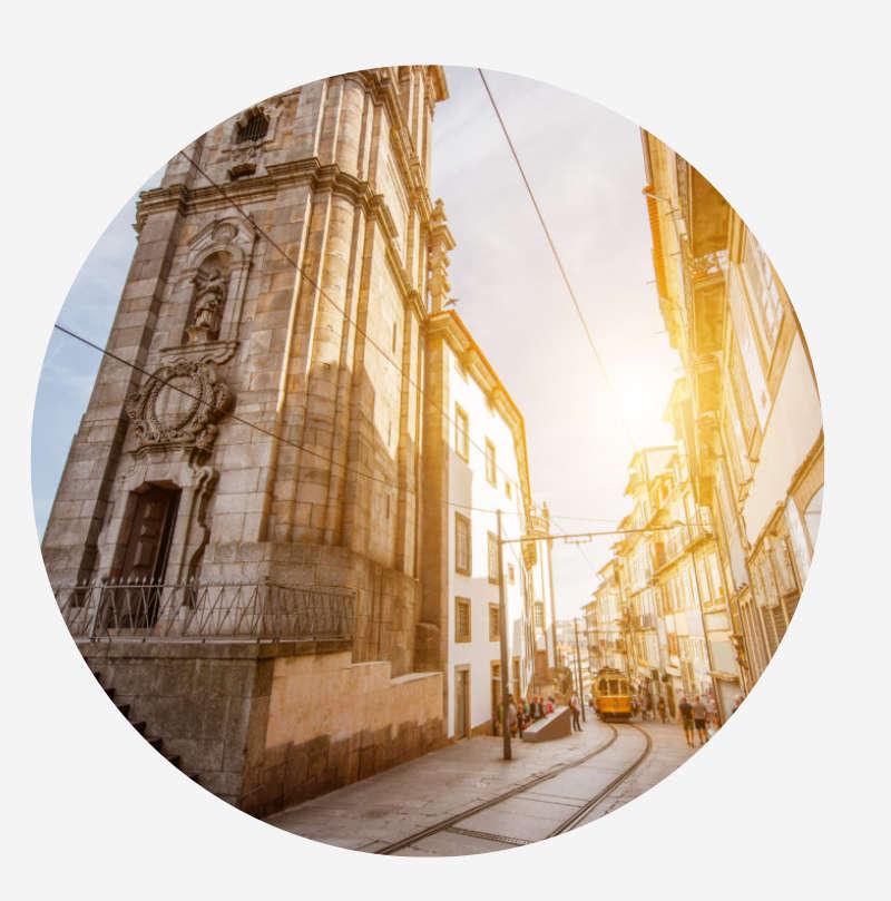 Visita la Torre de los Clérigos en Oporto