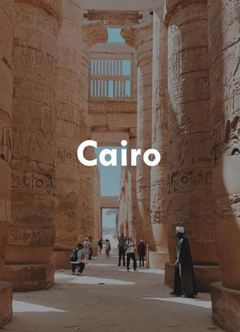 Descubre el Cairo con nuestro buscador de viajes y contempla algunas de las maravillas del mundo.